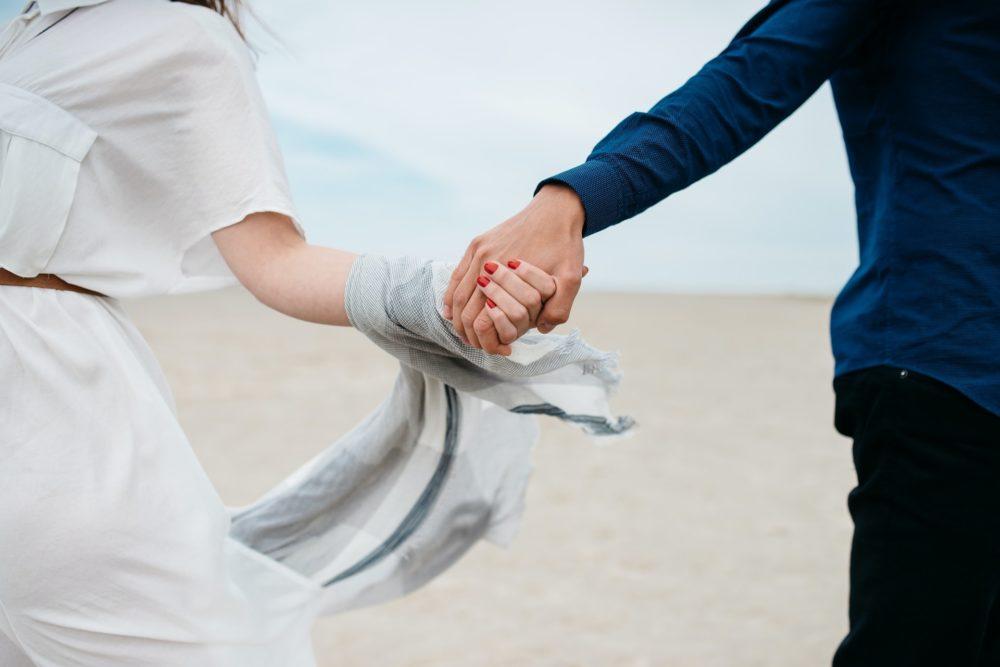不倫相手との略奪婚を成功させるために欠かせないのは『罪悪感』!彼に離婚し結婚してもらう方法&2人が辿る末路