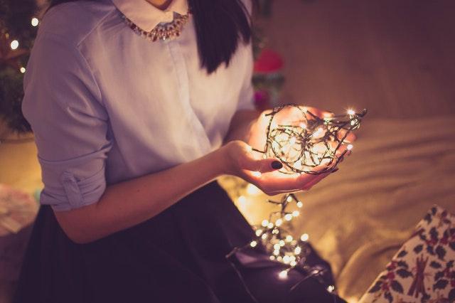 クリスマスシーズンに復縁できる連絡のタイミング
