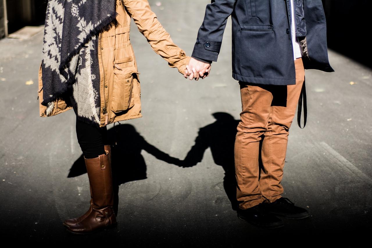 旦那より元彼が好き…本心に気づくきっかけと旦那や子供との今後をどう考えるべきか&結婚後の元彼との接し方
